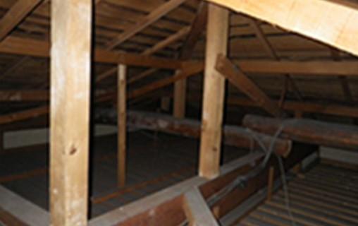 屋根裏イメージ